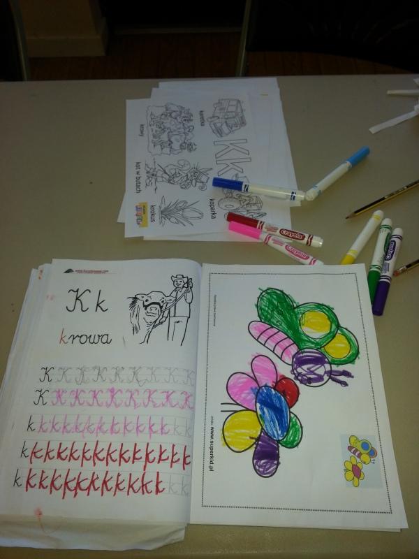 Zajęcia w polskiej szkole w Canterbury - kaligrafia 3-4 latki